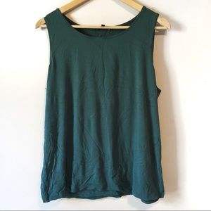 Eileen Fisher • Teal green layering tank top shelf